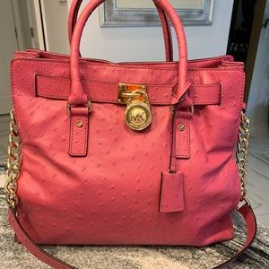 Michael Kors Bag! Great condition! See pic 8